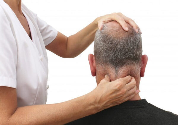 Cách massage bấm huyệt giảm đau nặng đầu sau gáy
